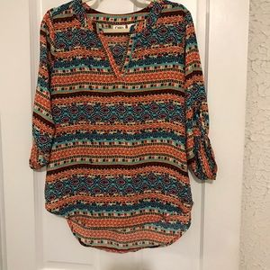 Multicolor V-Neck 3/4 Sleeve Tunic Top